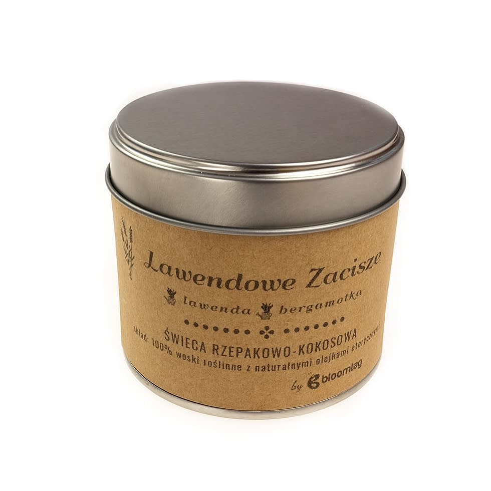 Eco-friendly rapeseed-coconut candle with lavender essential oils in a metal can.
