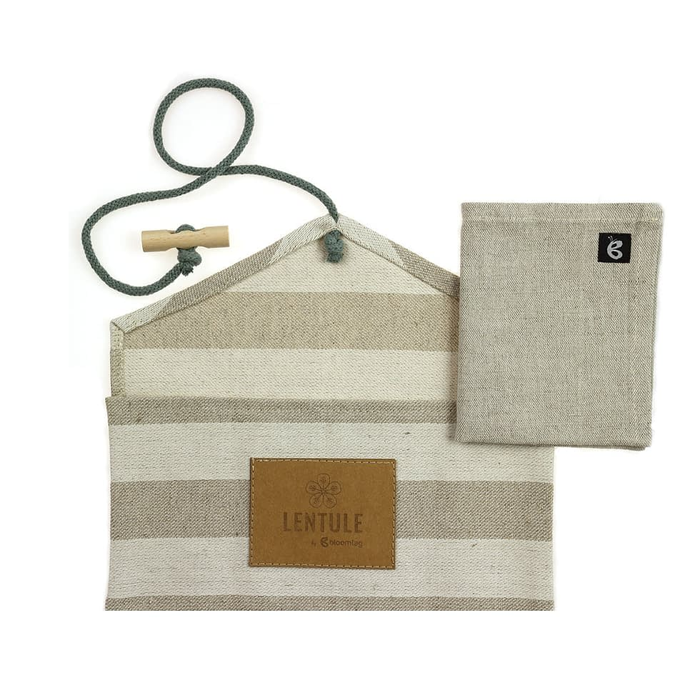 Lentule sandwich pocket and linen napkin.