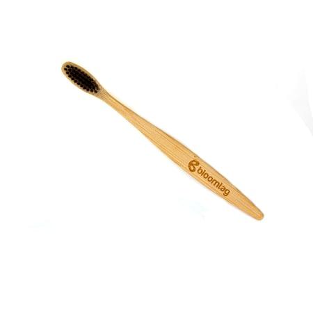Szczoteczka bambusowa z logotypem bloomtag.