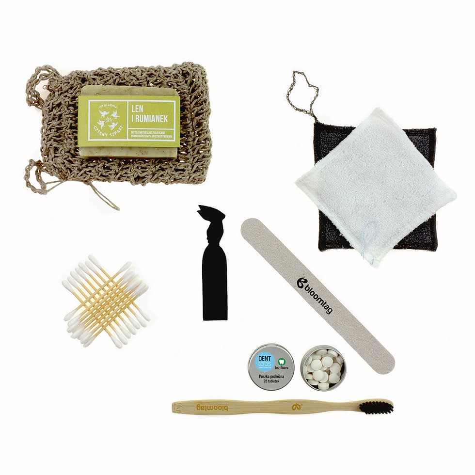 Less waste cosmetic travel set. Linen organizer, linen soap saver and other products.
